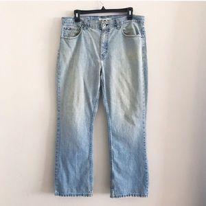Tommy Hilfiger Highwaisted Vintage Distressed Jean